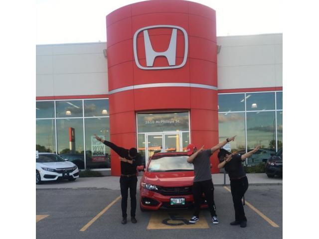 Crown Honda Mcphillips >> Michael Maliwanag Crown Honda Mcphillips Product Adviso Winnipeg